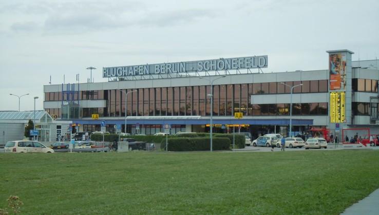 Aeroporto Berlino : Trasferimenti dall aeroporto di berlino schönefeld